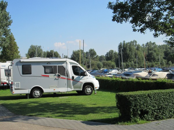 Camperplek Vlietland Leiden